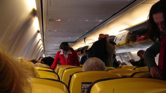 Załogi lotnicze mogą być bardziej narażone na raka skóry
