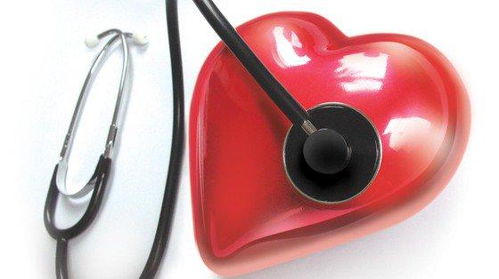 Nawet lekko podwyższony poziom złego cholesterolu (LDL) jest ryzykiem dla serca