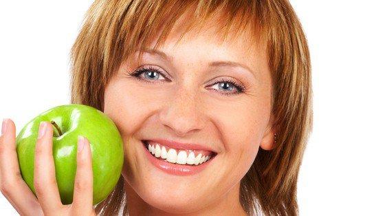 Dziąsło i anewryzm: zdrowie przechodzi przez zęby